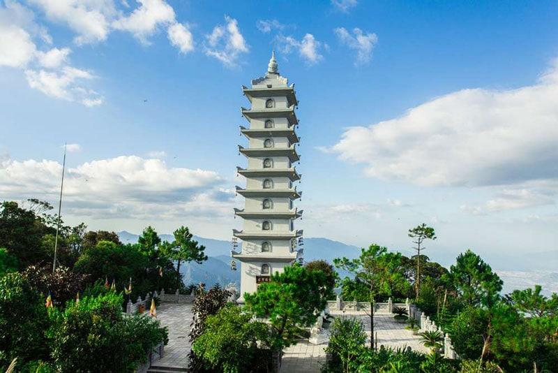 tháp nghinh phong tự