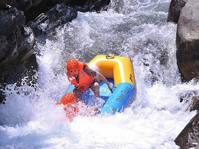 Khu trượt thác Hòa Phú Thành