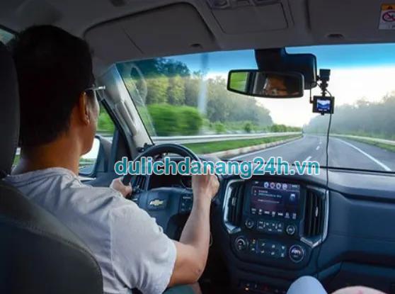 ưu điểm khi thuê xe tự lái đà nẵng