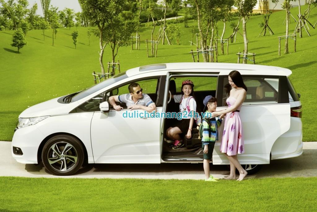Thuê xe du lịch giá tốt, uy tín và thủ tục đơn giản tại Đà Nẵng
