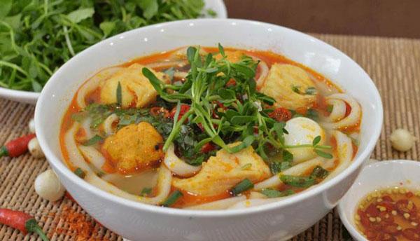 Quán bánh canh ngon ở Huế